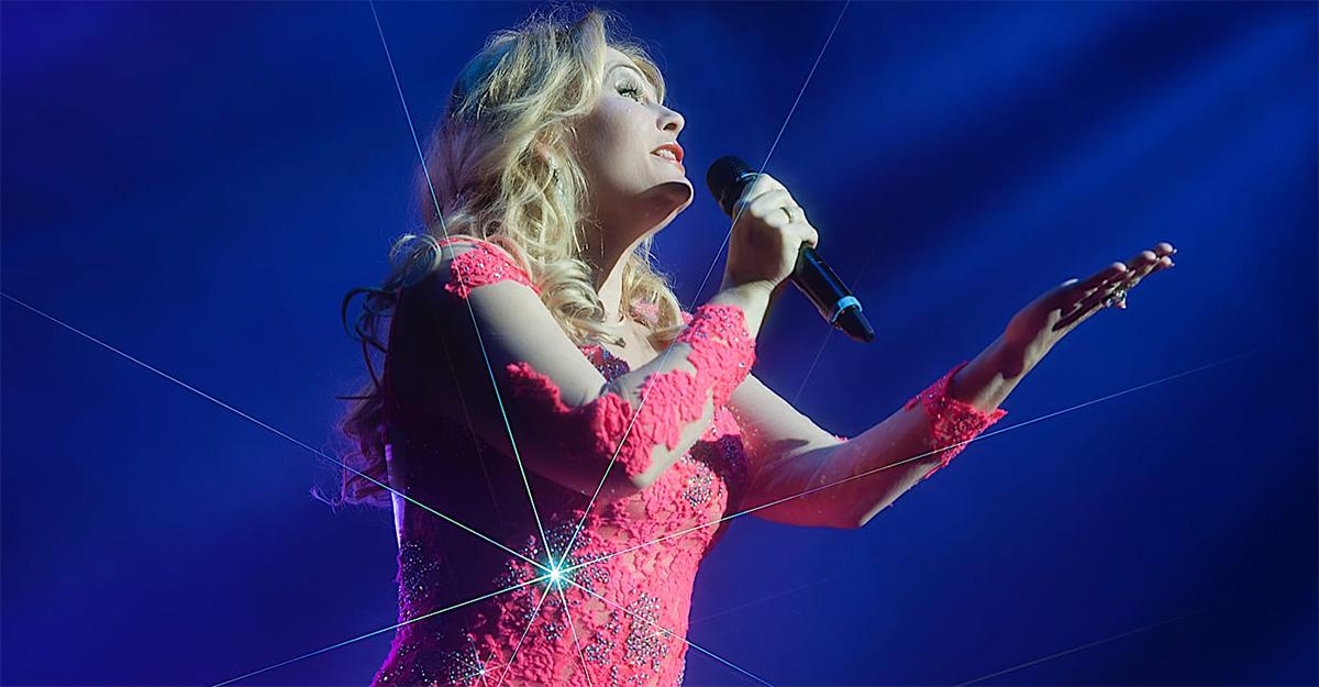 6 декабря коллектив театра Варьете примет участие в концерте потрясающей певицы Татьяны Сорокиной.